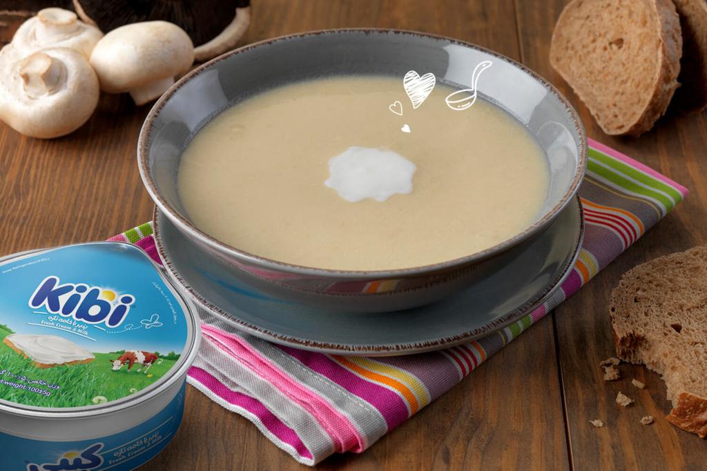 سوپ قارچ ایتالیایی خامهای
