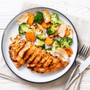 با انتخاب غذای سالم برای ناهار؛ ناهارت را تک و تنها بخور