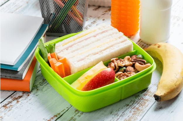ساندویچ هویچ تغذیه سالم برای مدرسه